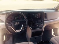 Picture of 2016 Toyota Sienna LE 8-Passenger, interior, gallery_worthy