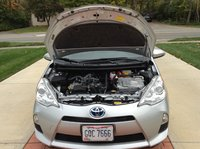 Picture of 2013 Toyota Prius c Three, engine, gallery_worthy