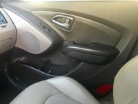 Picture of 2015 Hyundai Tucson SE AWD, interior, gallery_worthy