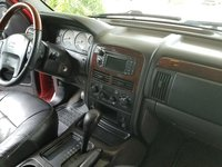 Great Picture Of 2004 Jeep Grand Cherokee Overland, Interior, Gallery_worthy Pictures