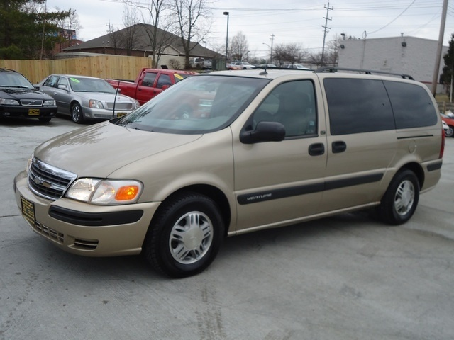 Picture of 2005 Chevrolet Venture LS