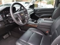 Picture of 2017 Chevrolet Suburban LT 1500 4WD, interior, gallery_worthy