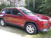 Picture of 2015 Jeep Cherokee Sport, exterior, gallery_worthy