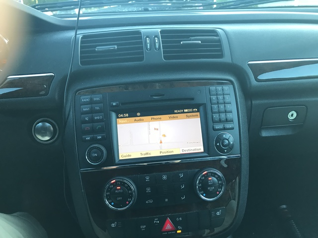 Picture of 2010 Mercedes-Benz R-Class R 350 4MATIC, interior, gallery_worthy