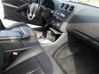Picture of 2009 Nissan Altima 3.5 SE, interior, gallery_worthy