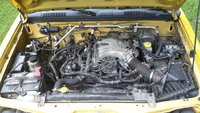 Picture of 2004 Nissan Frontier 4 Dr XE 4WD Crew Cab SB, engine, gallery_worthy