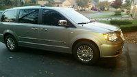 Picture of 2014 Chrysler Town & Country 30th Anniversary, exterior, gallery_worthy