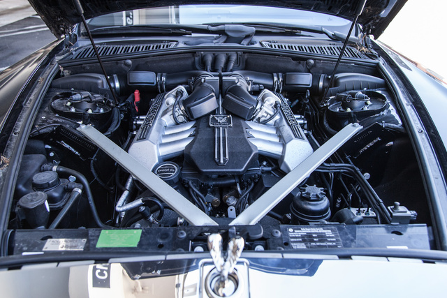 Picture of 2010 Rolls-Royce Phantom Drophead Coupe Convertible, engine, gallery_worthy