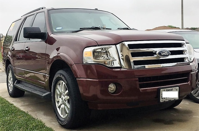 Picture of 2012 Ford Expedition XLT