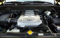 Picture of 2008 Toyota Sequoia Limited 4WD, engine, gallery_worthy