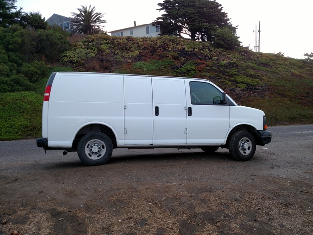 Picture of 2009 Chevrolet Express Cargo 2500 RWD
