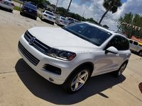 Picture of 2013 Volkswagen Touareg VR6 Executive, exterior, gallery_worthy
