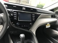 Picture of 2018 Toyota Camry SE, interior, gallery_worthy
