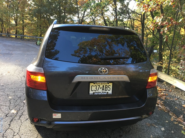 Picture of 2010 Toyota Highlander Base