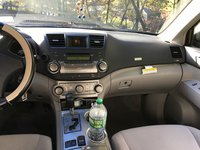 Picture of 2010 Toyota Highlander Base, interior, gallery_worthy