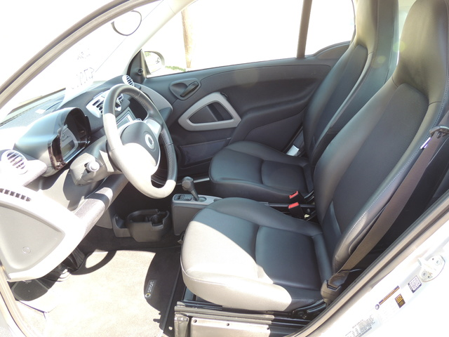 Picture of 2015 smart fortwo pure, interior, gallery_worthy
