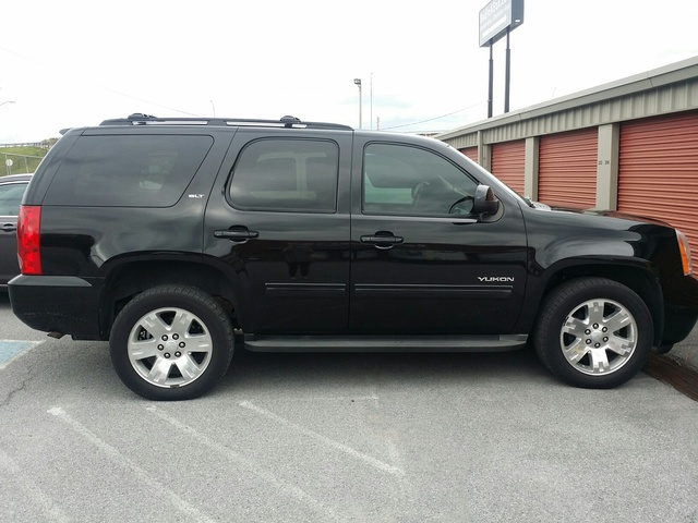 Picture of 2010 GMC Yukon SLT1 4WD