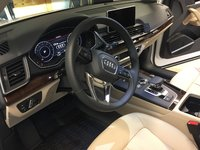 Picture of 2018 Audi Q5 2.0T quattro Premium Plus AWD, interior, gallery_worthy