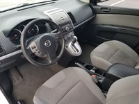 Picture of 2011 Nissan Sentra SE-R, interior, gallery_worthy
