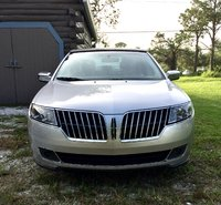 2012 Lincoln MKZ Overview