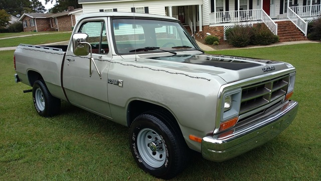 Picture of 1987 Dodge RAM 150 Short Bed