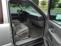 Picture of 2004 Chevrolet Suburban LT 2500, interior, gallery_worthy