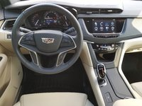 Picture of 2017 Cadillac XT5 FWD, interior, gallery_worthy