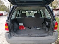 Picture of 2004 Ford Escape XLS, interior, gallery_worthy
