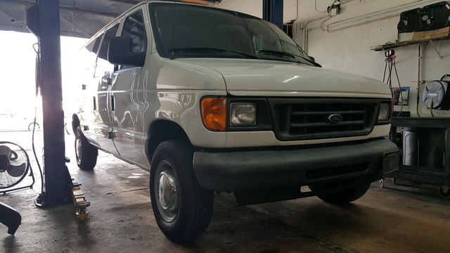 Picture of 2006 Ford Econoline Cargo E-250 3dr Ext Van