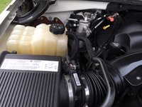 Picture of 2004 Cadillac Escalade 4WD, engine, gallery_worthy