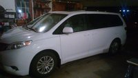 Picture of 2014 Toyota Sienna XLE 7-Passenger Auto Access Seat, exterior, gallery_worthy