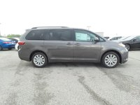 Picture of 2017 Toyota Sienna LE 8-Passenger, gallery_worthy