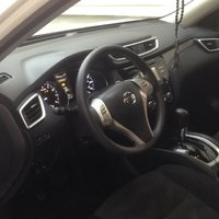 Picture of 2014 Nissan Rogue SV AWD, interior, gallery_worthy