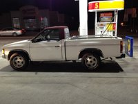 Picture of 1992 Nissan Pickup 2 Dr STD Standard Cab SB, exterior, gallery_worthy