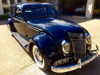 1937 Chrysler Imperial Overview