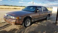 1994 Ford Crown Victoria Overview
