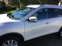 Picture of 2017 Nissan Rogue SV FWD, exterior, gallery_worthy