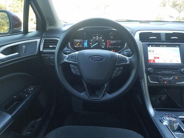 Ford Fusion 2015 Interior