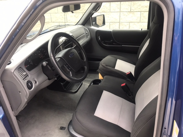 Good Picture Of 2009 Ford Ranger XLT SuperCab RWD, Interior, Gallery_worthy