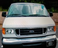 2006 Ford E-Series Wagon Picture Gallery
