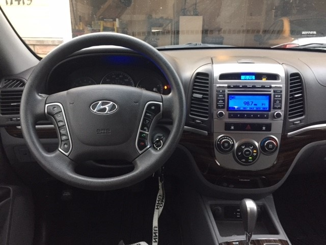Picture Of 2012 Hyundai Santa Fe 2.4L GLS AWD, Interior, Gallery_worthy