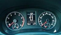 Picture of 2014 Volkswagen Passat SE PZEV w/ Sunroof 1.8, interior, gallery_worthy