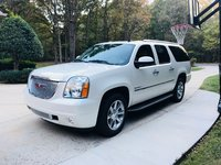 Picture of 2014 GMC Yukon XL Denali 4WD, exterior, gallery_worthy