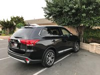 Picture of 2017 Mitsubishi Outlander SEL, exterior, gallery_worthy