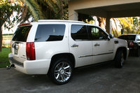 Picture of 2012 Cadillac Escalade Hybrid Platinum Edition AWD, exterior, gallery_worthy