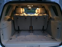 Picture of 2014 Chevrolet Tahoe LT, interior, gallery_worthy