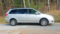 Picture of 2010 Toyota Sienna XLE AWD, gallery_worthy