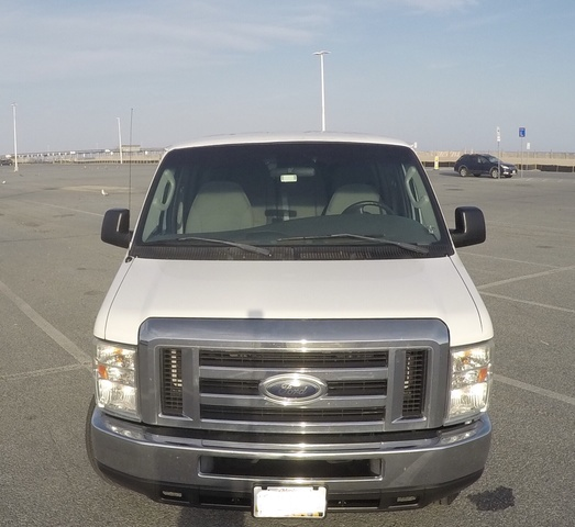 Picture of 2008 Ford E-Series Wagon E-350 XLT Super-Duty Ext