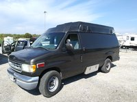 2001 Ford E-350 Overview