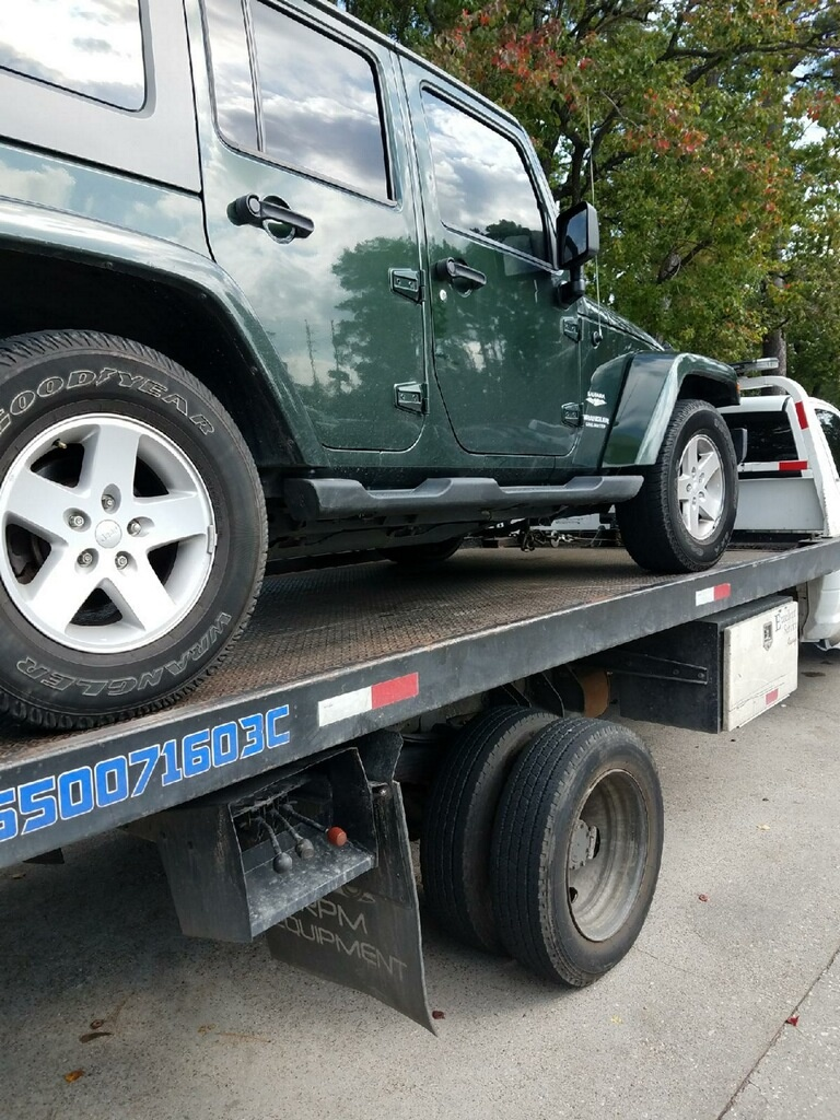 Starter Repair Near Me >> Jeep Wrangler Unlimited Questions - Jeep keeps locking on ...